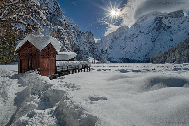 Neve ,lago dibraies ghiacciato, Val pusteria